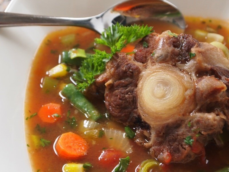 Cook an Oxtail Soup - VisiHow